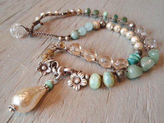 Pearl Geschenke  Pearl Boho crochet necklace Bohemian Belle dimpled