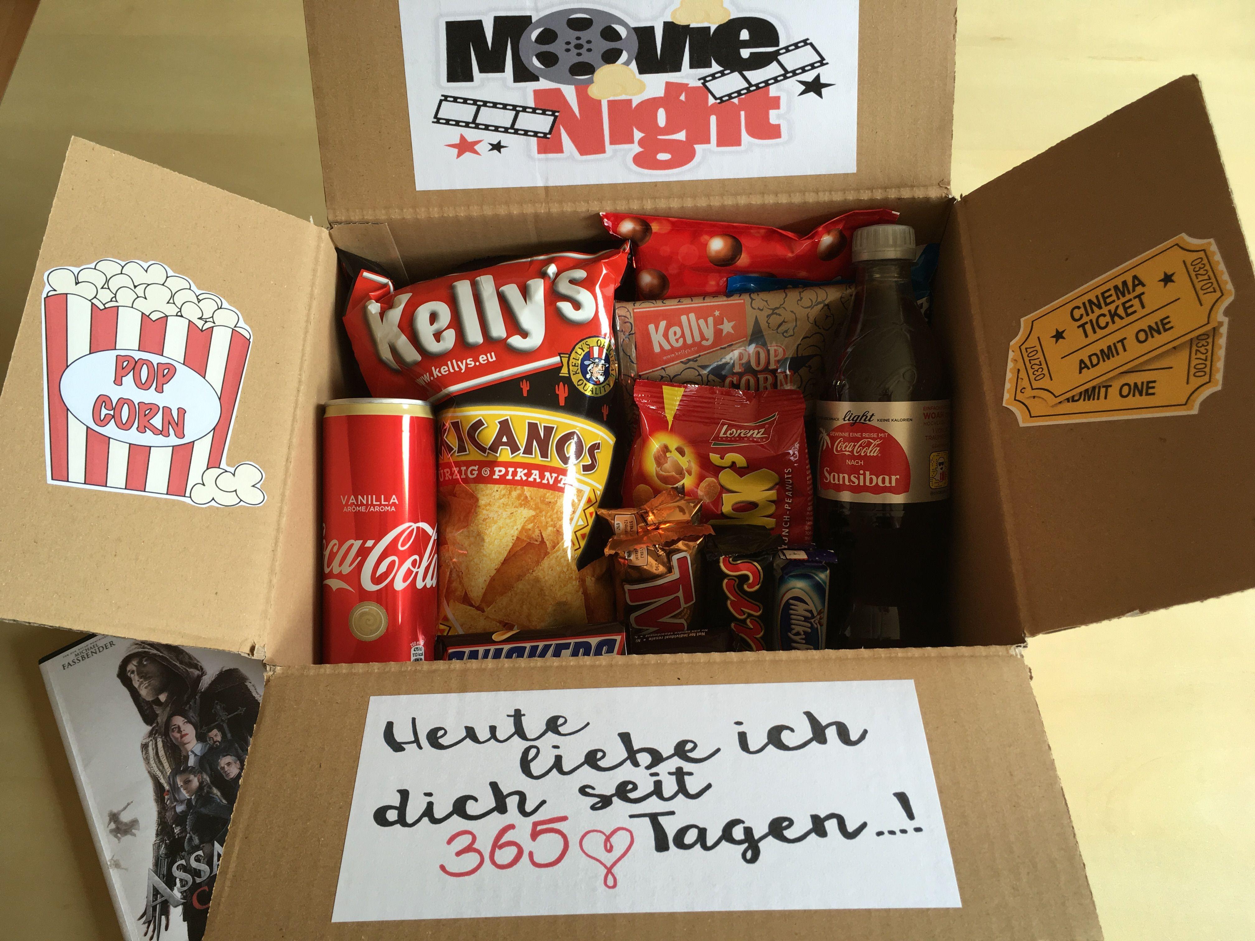 Persönliches Geschenk Für Freund Selbst Gemacht  365 Tage ️ Jahrestagsgeschenk Boxgeschenk Movie Night Box