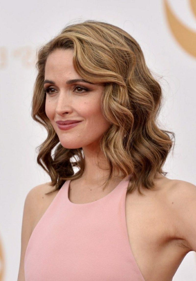 Romantische Frisuren  Sich eine Long Bob Frisur machen – Ideen inspiriert von