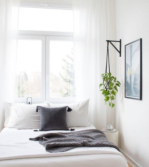 Schlafzimmer Diy  DIY Blumenampel im Schlafzimmer Bedroom Inspiration