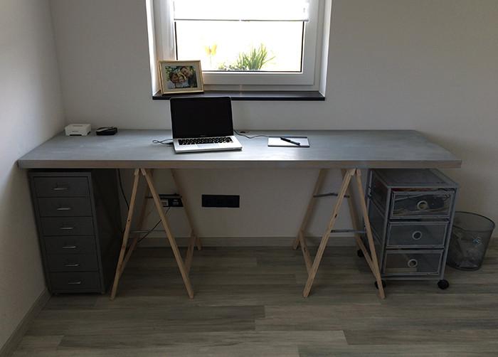 Schreibtisch Diy  DIY Schreibtisch selber bauen Michael Gerhardy