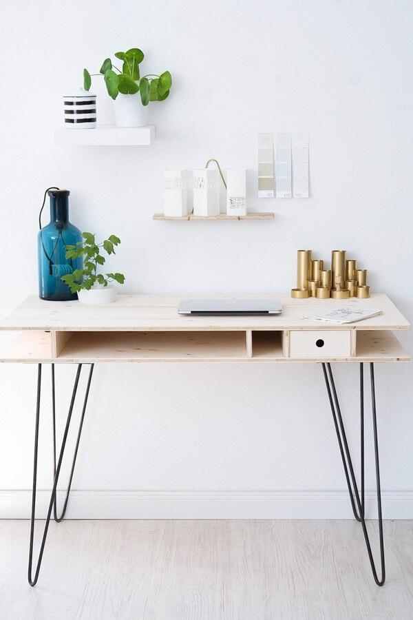 Schreibtisch Diy  DIY Schreibtisch mit Hairpin Legs HANDMADE Kultur