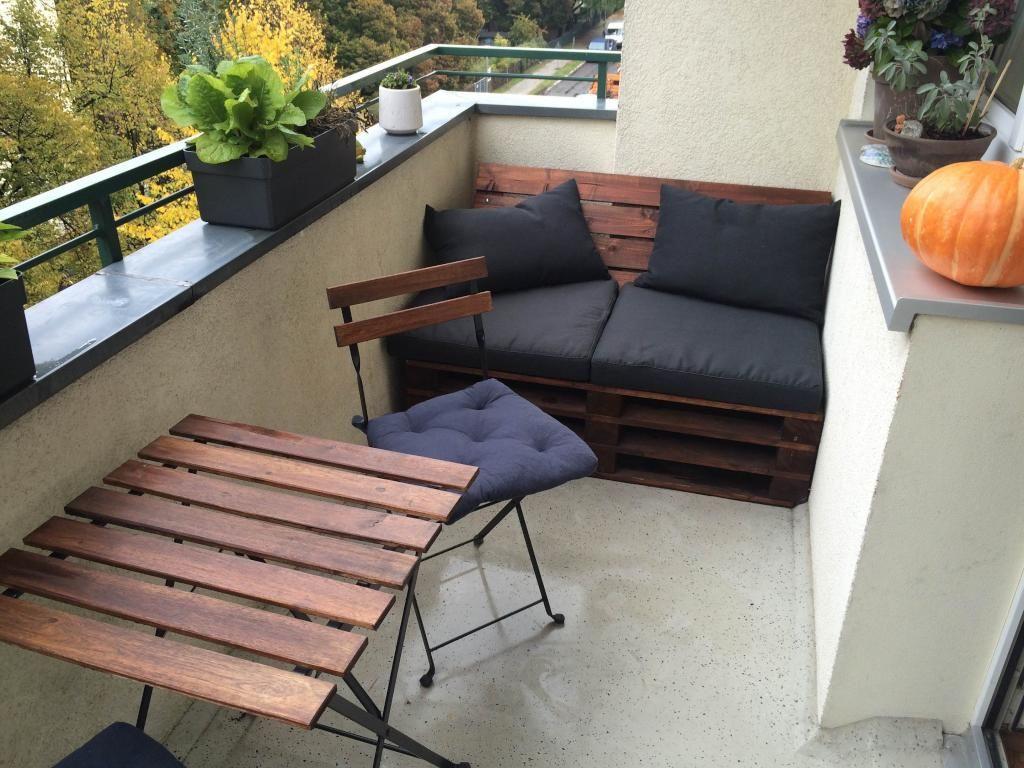 Sitzbank Diy  Superschöne DIY Sitzbank aus Paletten Europaletten