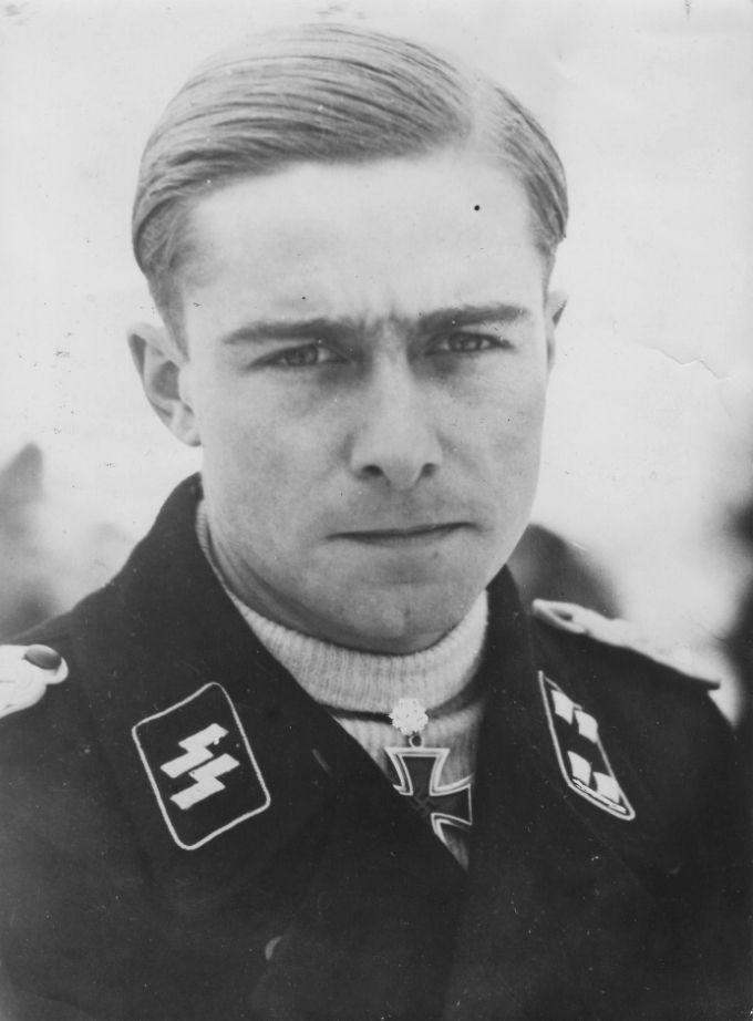 Ss Haarschnitt  1000 images about German Haircuts WW2 on Pinterest