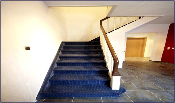 Teppich Für Treppen  Strapazierfähiger Teppich Für Treppen