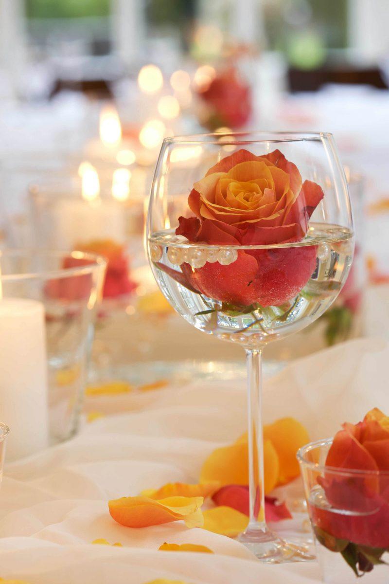 Tischdeko Geburtstag Blumen  Blumen Tischdeko eine frische Idee Deko & Feiern