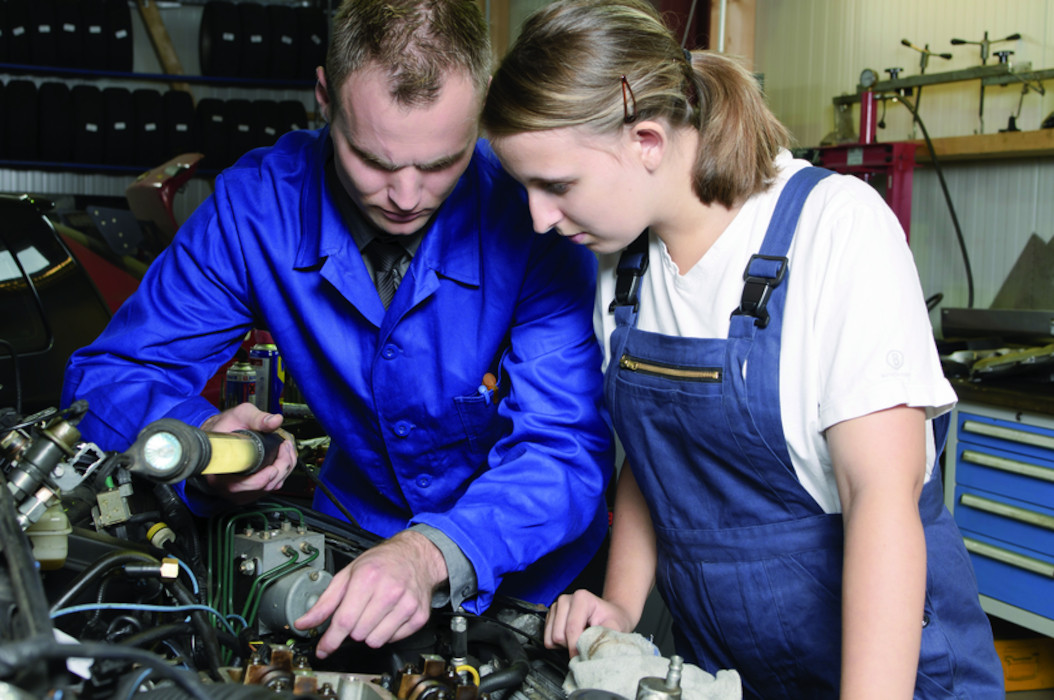 Umschulung Handwerk  Jobcenter Region Hannover