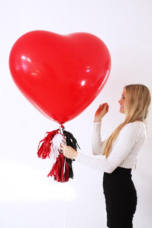Valentinstag Geschenke Für Freundin  Die Valentinstag Geschenke für Freundin gleich in ihr