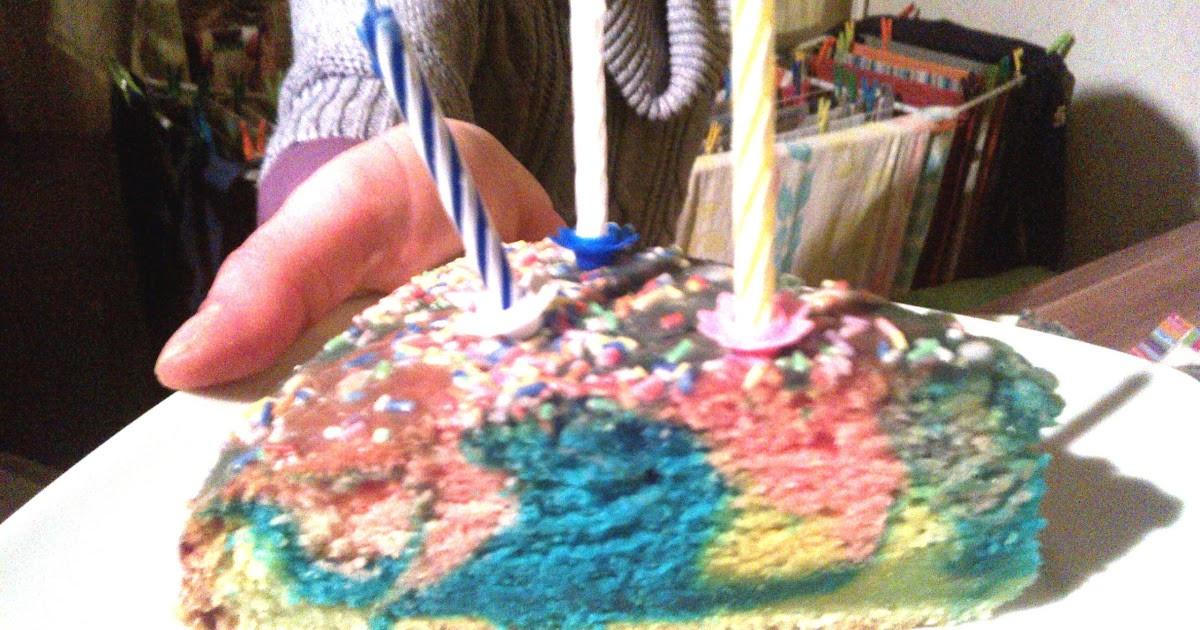 Veganer Geburtstagskuchen  Man nennt mich Öko Veganer Geburtstagskuchen hoch 3
