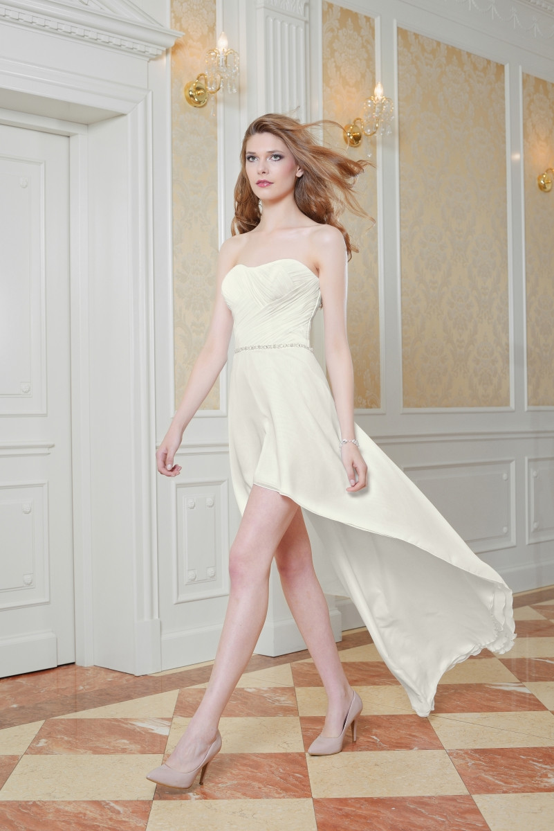 Vokuhila Hochzeitskleid  Vokuhila Brautkleider der neue Trend in Sachen Brautmode