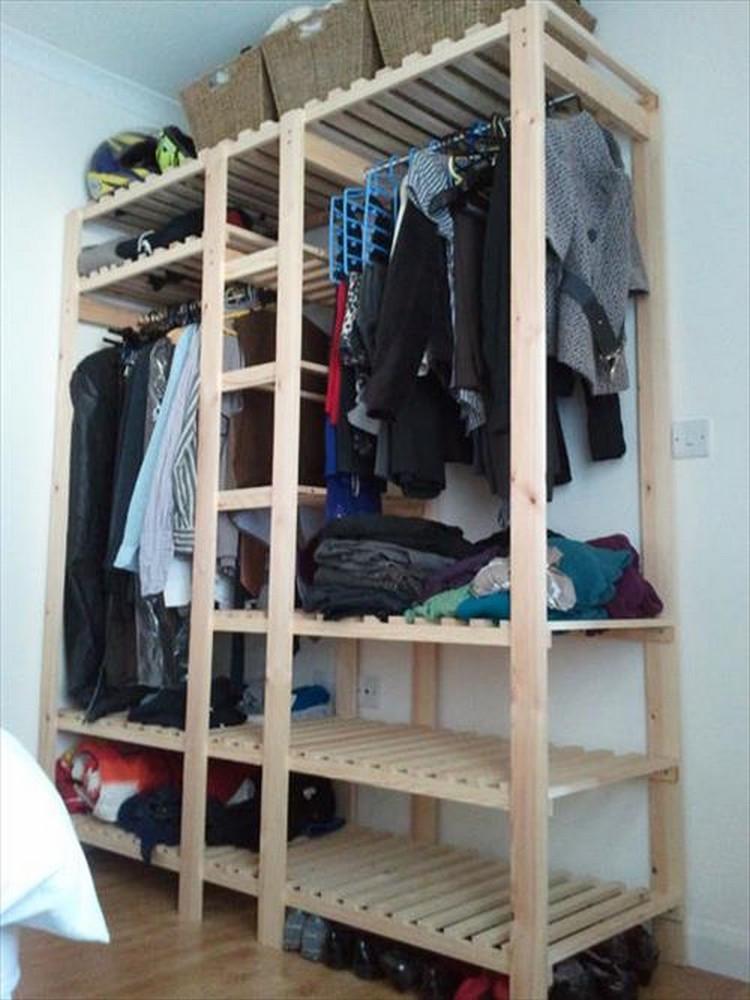 Wardrobe Diy  Wood Pallet Wardrobe Ideas