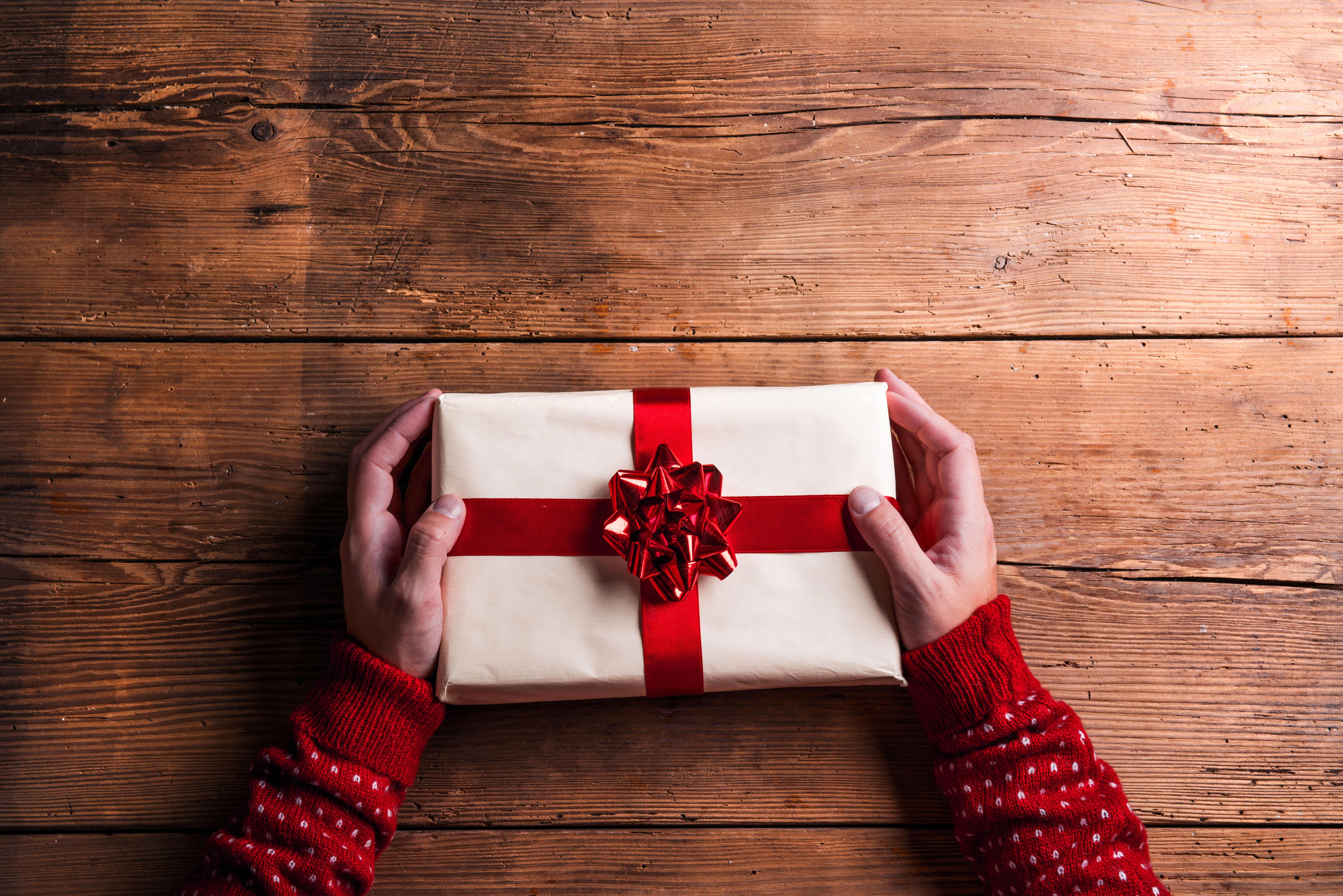Weihnachts Geschenke  Schöne Weihnachtsgeschenke für Männer finden