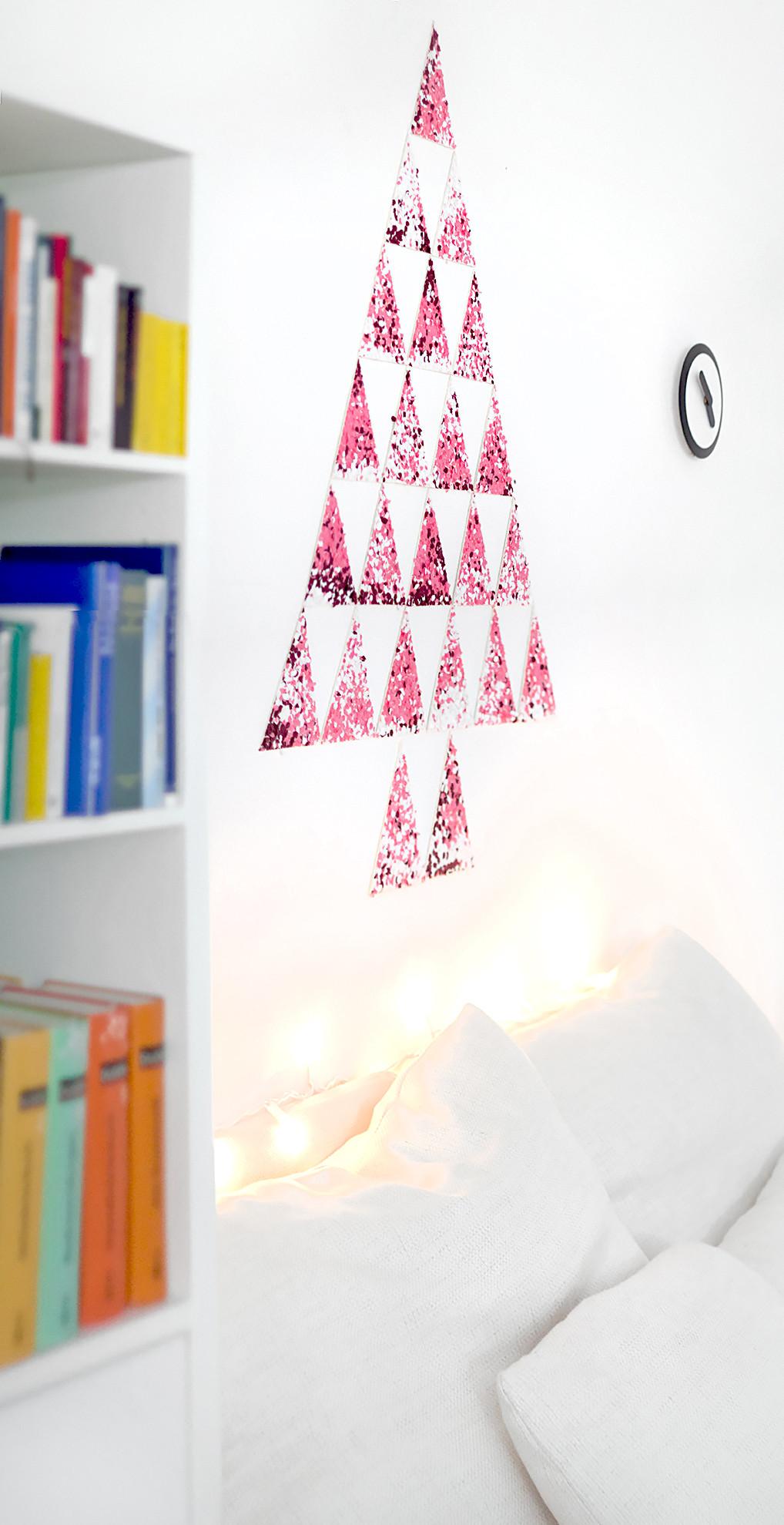 Weihnachtsbaum Diy  DIY Konfetti Weihnachtsbaum •