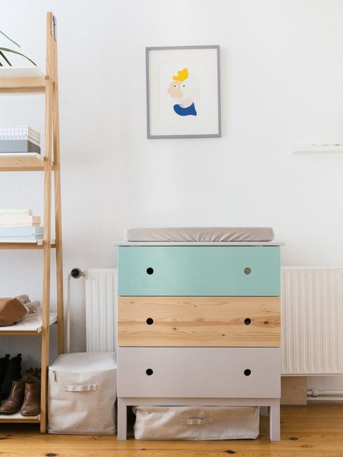 Wickeltisch Diy  DIY Changing Table Wickeltisch IKEA Hack