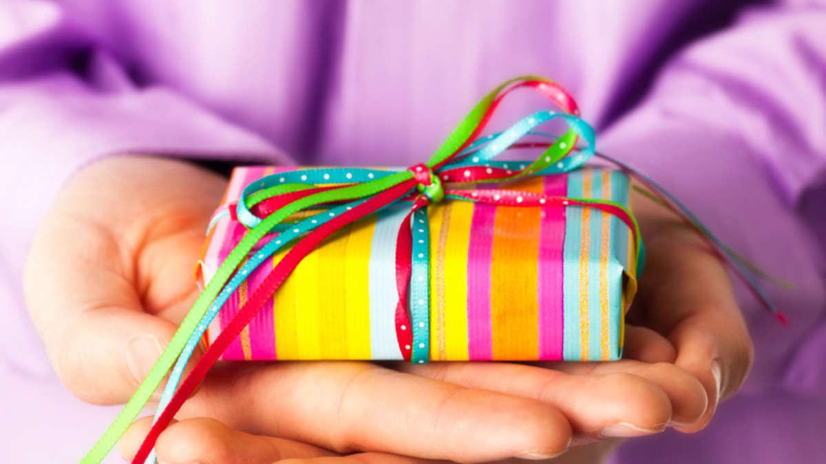 Www.Telekom.De/Geburtstagsgeschenk  Ein Geburtstagsgeschenk für besondere Menschen