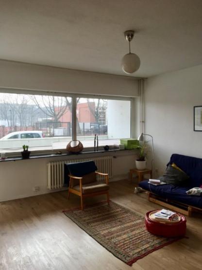 1 Raum Wohnung Berlin  Lichtdurchflutete 1 Raum Wohnung an der Spree 1 Zimmer