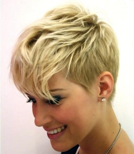 Abschlussfeier Frisuren  Frisuren für kurze haare frau