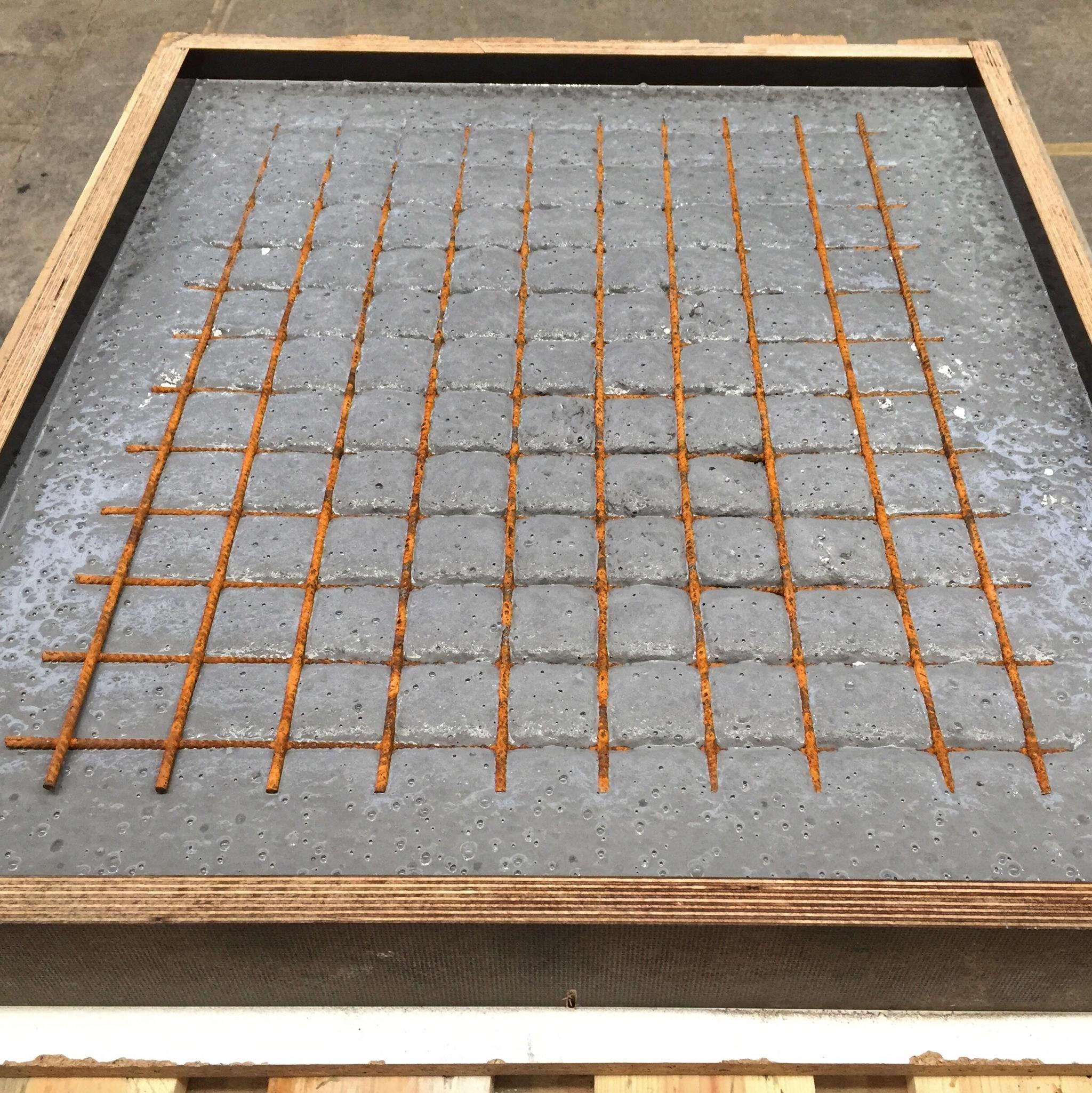 Beton Tisch Diy  BEEFER TISCH aus Holz und Beton Bigmeatlove