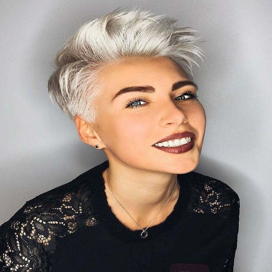 Bilder Frisuren 2019  Freche Kurzhaarfrisuren Bilder Ovales Gesicht Haarschnitt