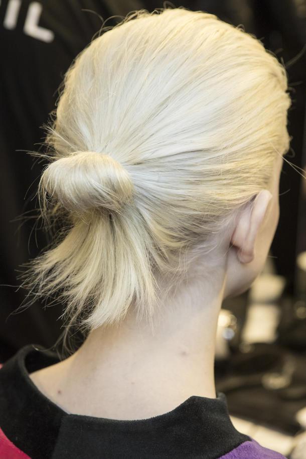 Bilder Frisuren 2019  Frisuren für mittellange Haare 2019