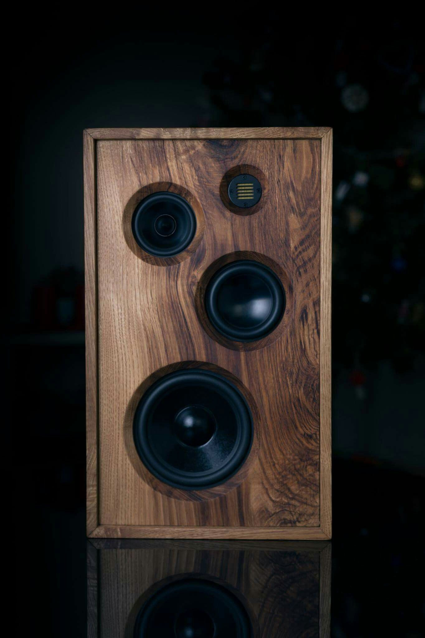 Bluetooth Lautsprecher Diy  A very classy loudspeaker DIY