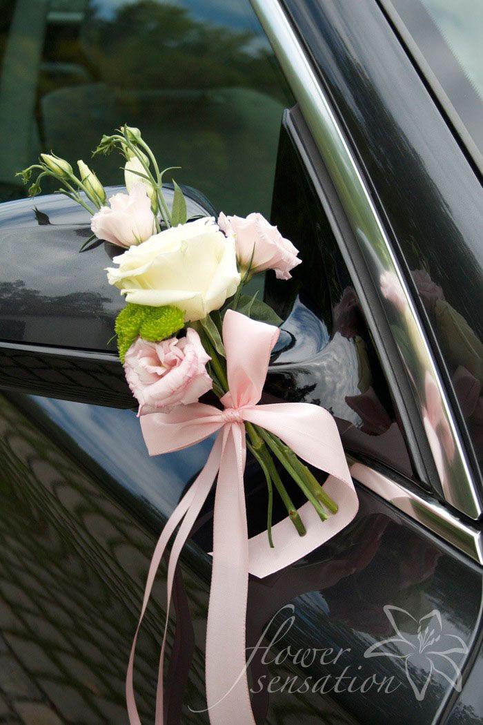 Blumenschmuck Hochzeit Auto  Die besten 25 Autodeko Hochzeit Ideen auf Pinterest
