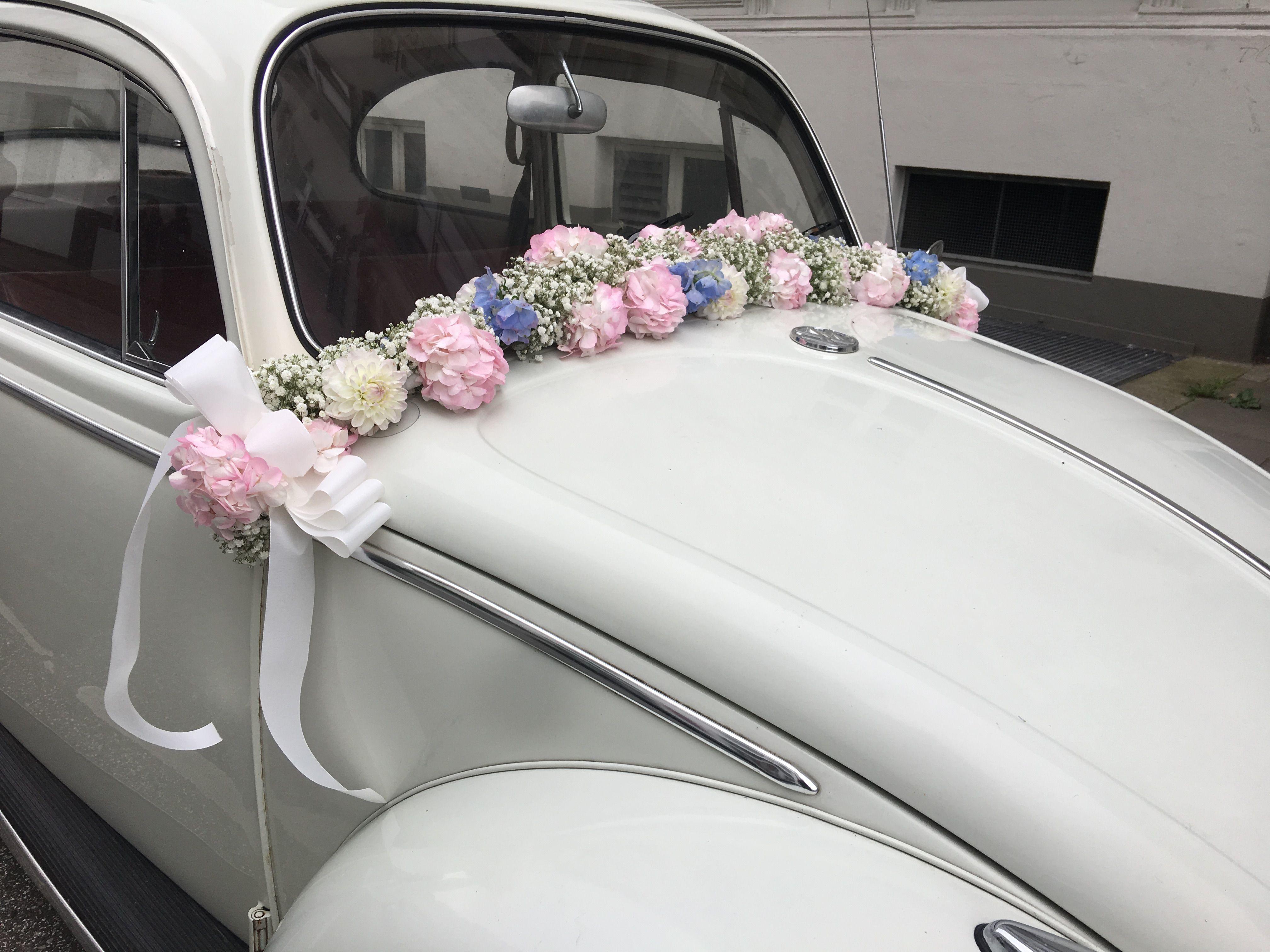 Blumenschmuck Hochzeit Auto  Hochzeit feiern in Hamburg mit traumhafter