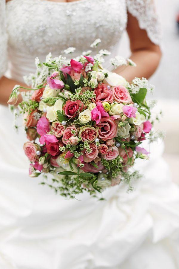Brautstrauß 2019  Brautstrauß flowers hochzeit blumen wedding bouquet bunt