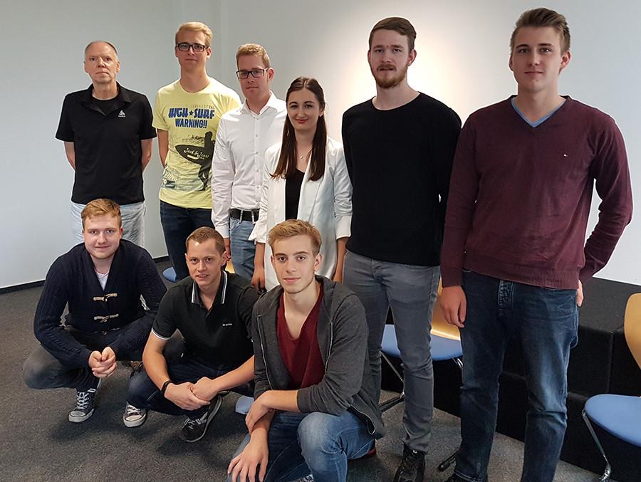 Carl Severing Berufskolleg Handwerk Und Technik  Verabschiedung der FHR Absolventen 2017 Carl Severing