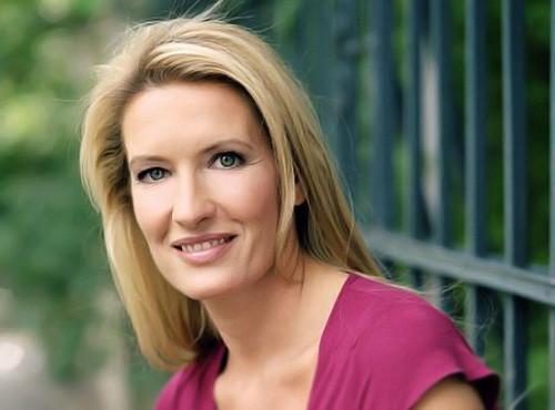 Claudia Kleinert Hochzeit  Gräfensteiner – Agentur für Moderatoren – Claudia Kleinert