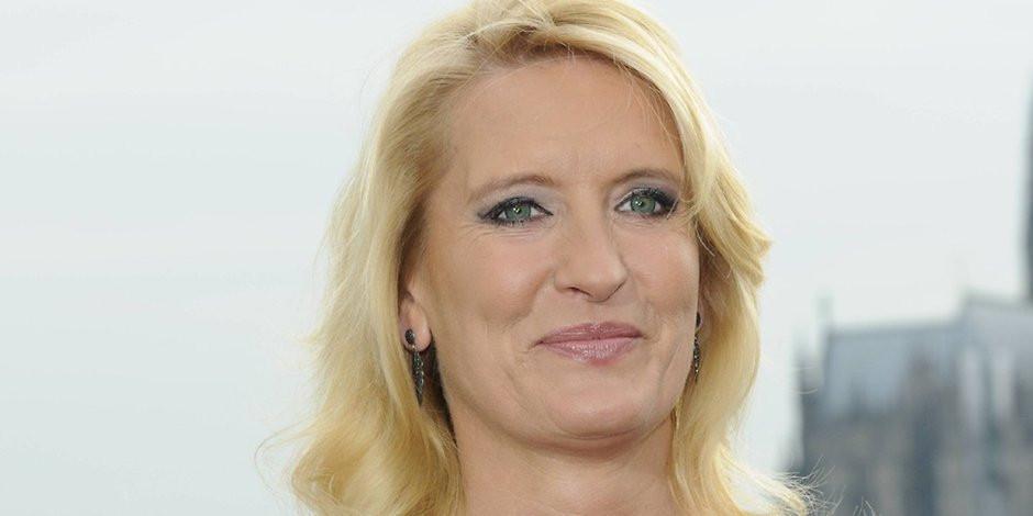 Claudia Kleinert Hochzeit  Glosse zur Wettermoderatorin Claudia Kleinert Das
