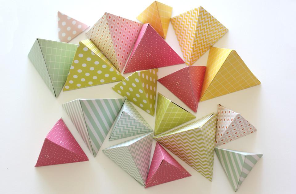 Diy Papier  DIY PAPIER Décoration triangulaire – Kesi Art le blog