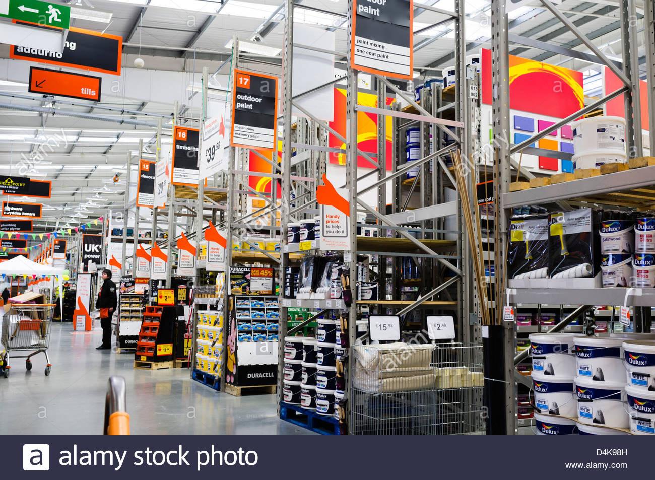 Diy Store  Interior B&Q diy hardware store Trostre retail park