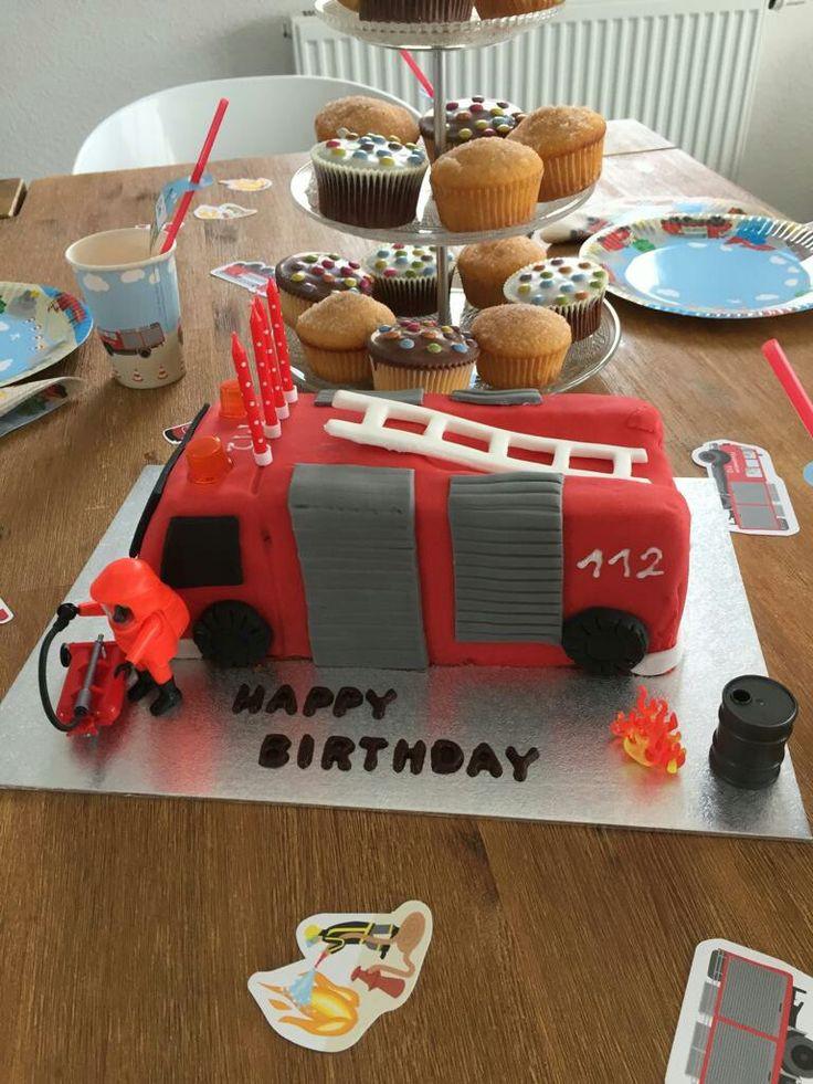 Feuerwehr Kuchen  Die besten 25 Feuerwehr kuchen Ideen auf Pinterest