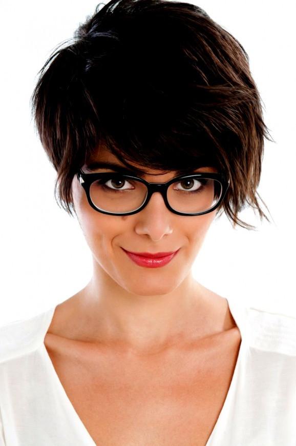 Frisuren Ab 50 Mit Brille  Trend Kurzhaarfrisuren Ab 50 Mit Brille Frisuren Für