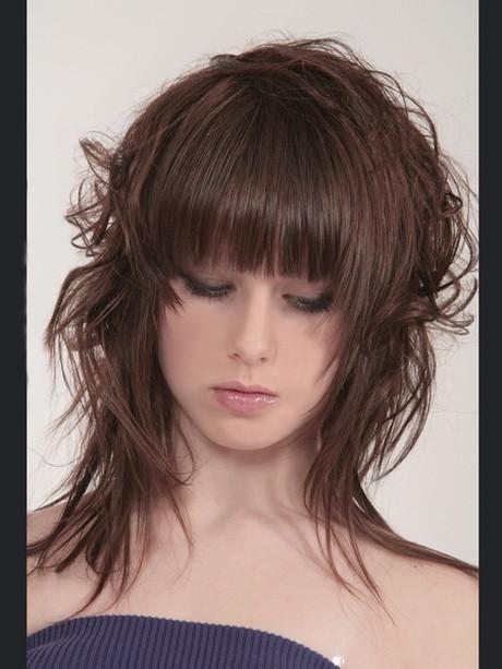 Frisuren Frauen Mittellang Stufig  Frisuren mittellang stufig locken