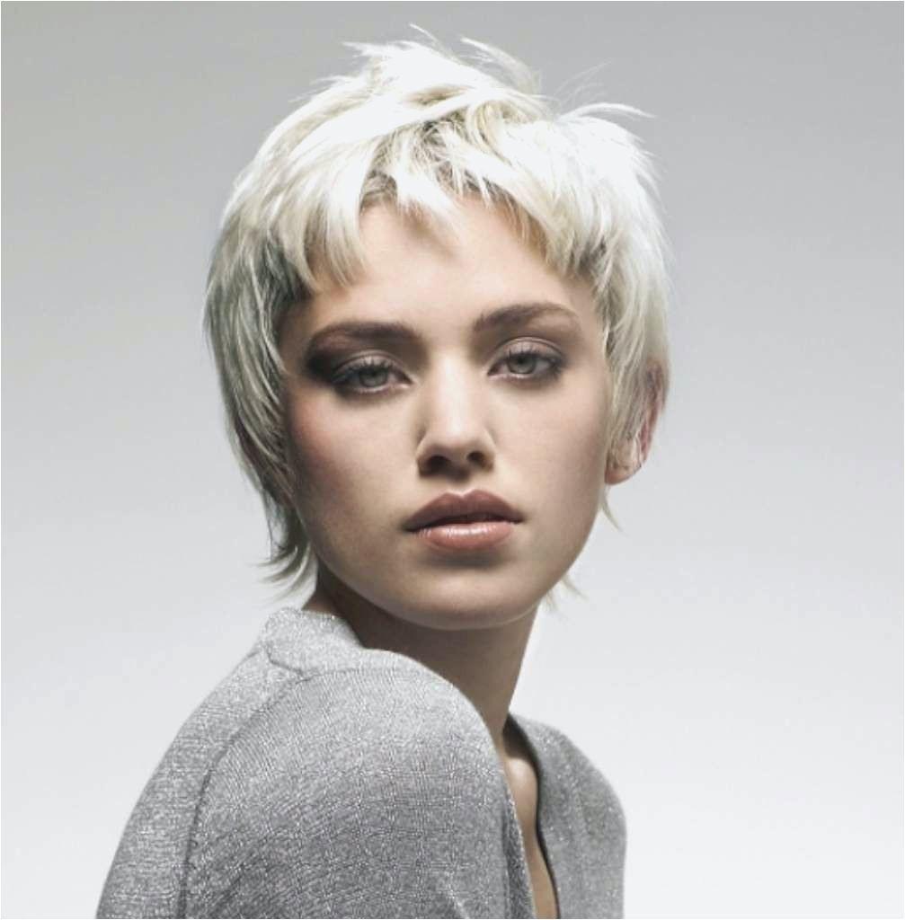 Frisuren Grau  Frisuren Kurz Grau Pin by Jane B Hair Pinterest