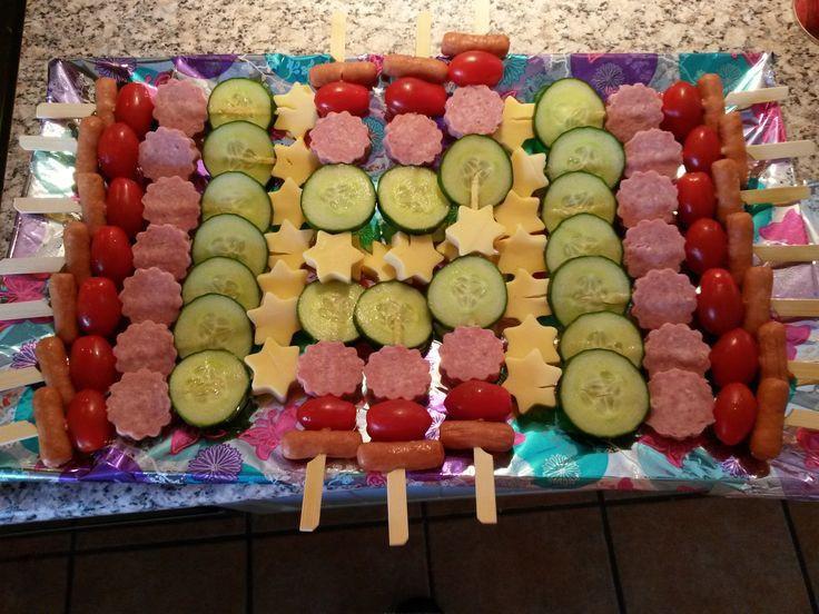 Geburtstagsfeier Essen  Die besten 25 Kindergeburtstag essen Ideen auf Pinterest