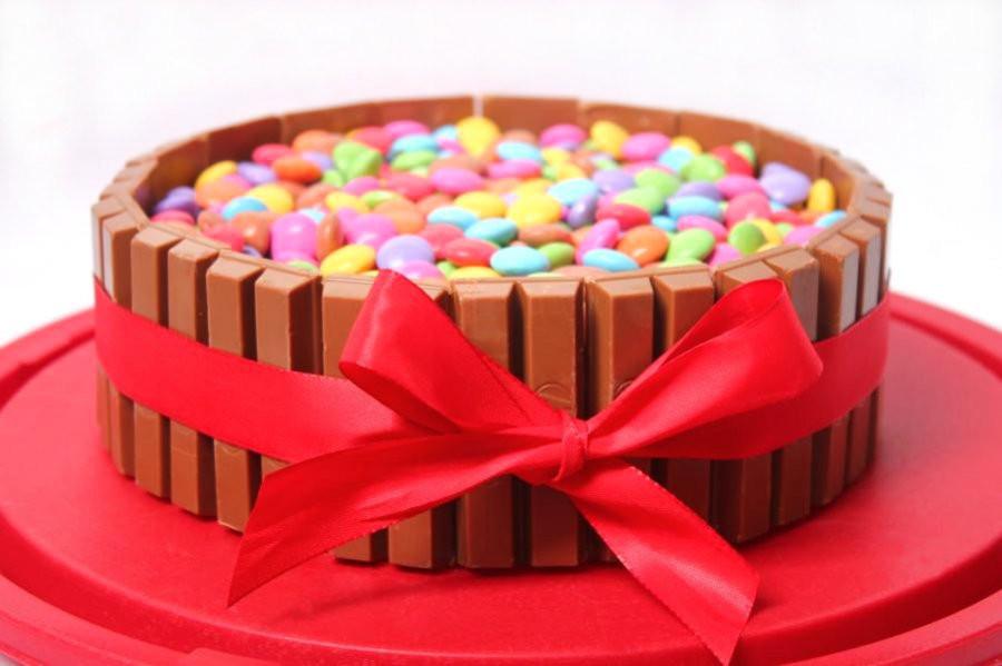 Geburtstagskuchen Kitkat  KitKat Torte Rezept