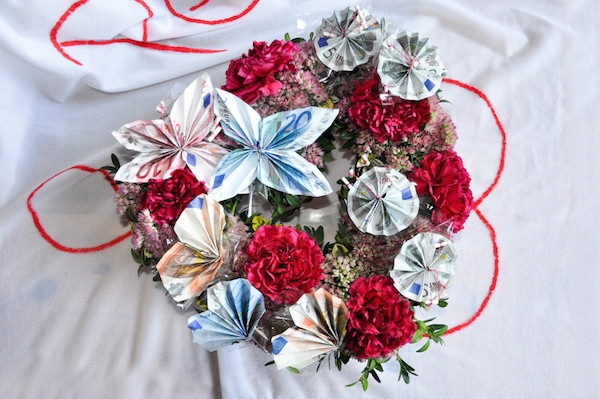 Geld Zur Hochzeit Verpacken  Geldgeschenke zur Hochzeit selber basteln und Geld verpacken