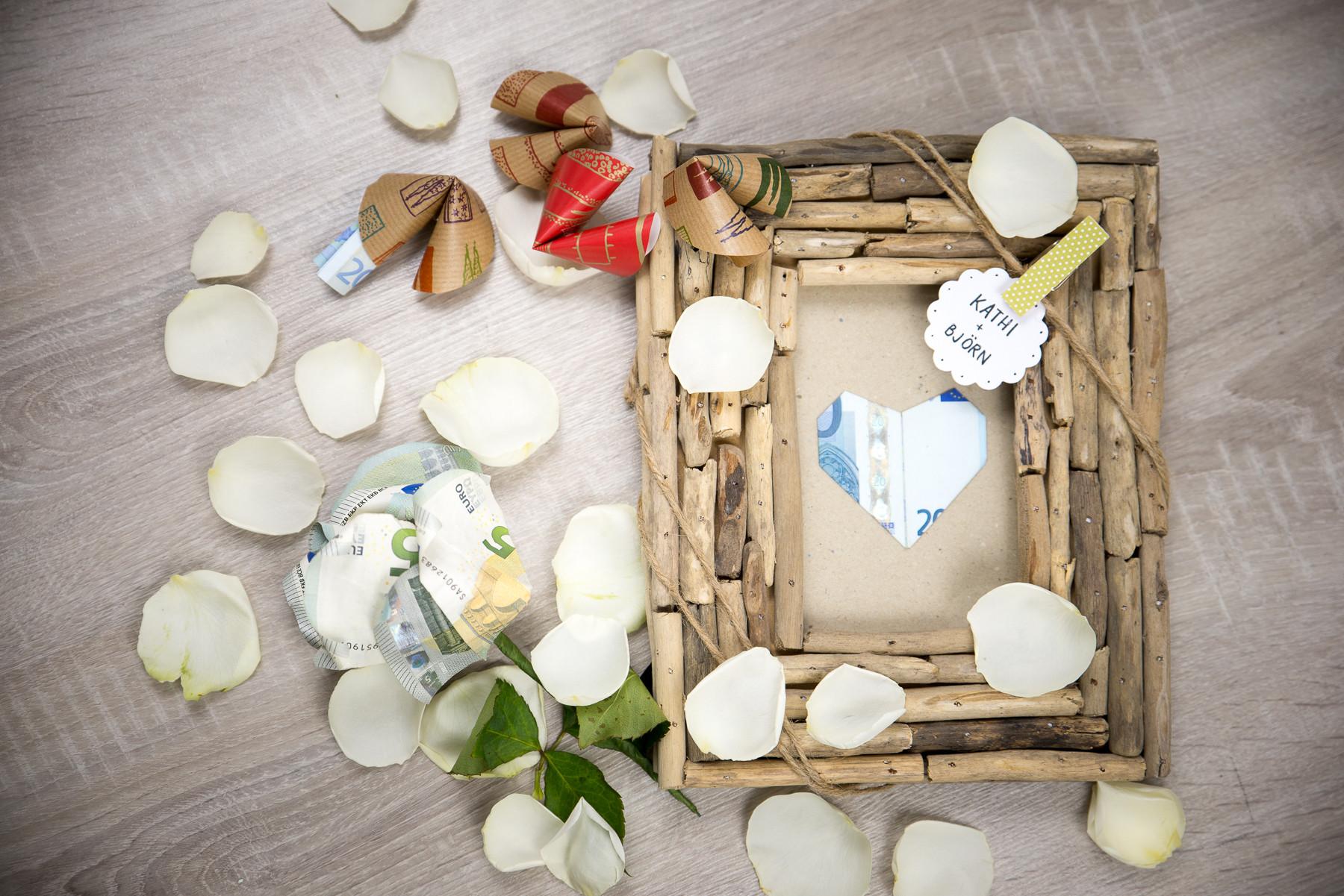 Geld Zur Hochzeit Verpacken  Geldgeschenke zur Hochzeit verpacken schön einpacken