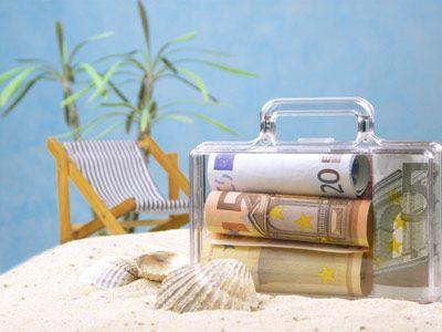 Geld Zur Hochzeit Verpacken  koffer geld strand Geldgeschenke zur Hochzeit schön