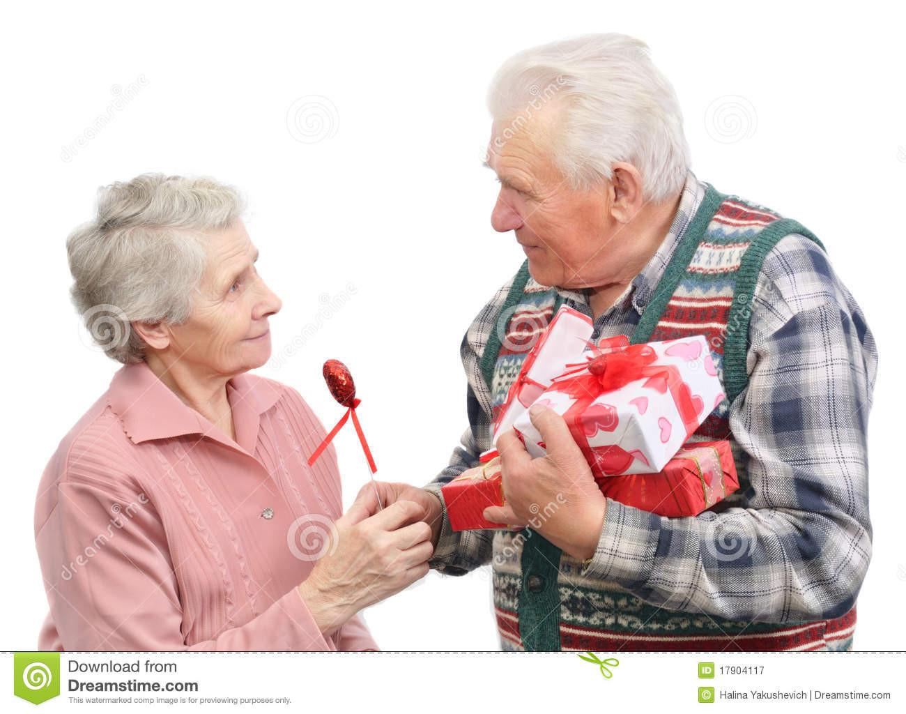 Geschenke Für Ältere Frauen  Ältere Männer Geben Geschenke Stockbild Bild von
