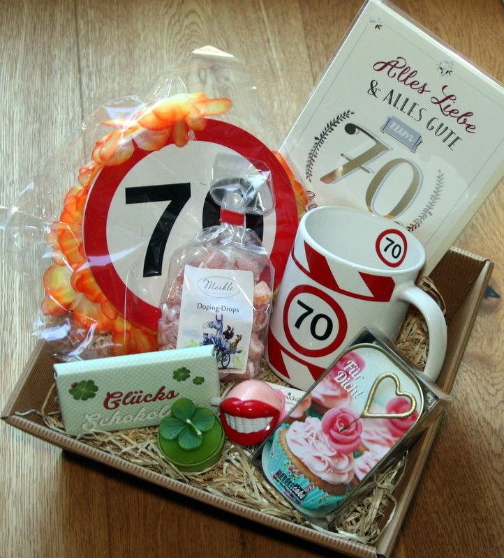 Geschenke Für Oma Selber Machen  70 Geburtstagsgeschenk Geschenkkorb Geschenke Ideen 70er