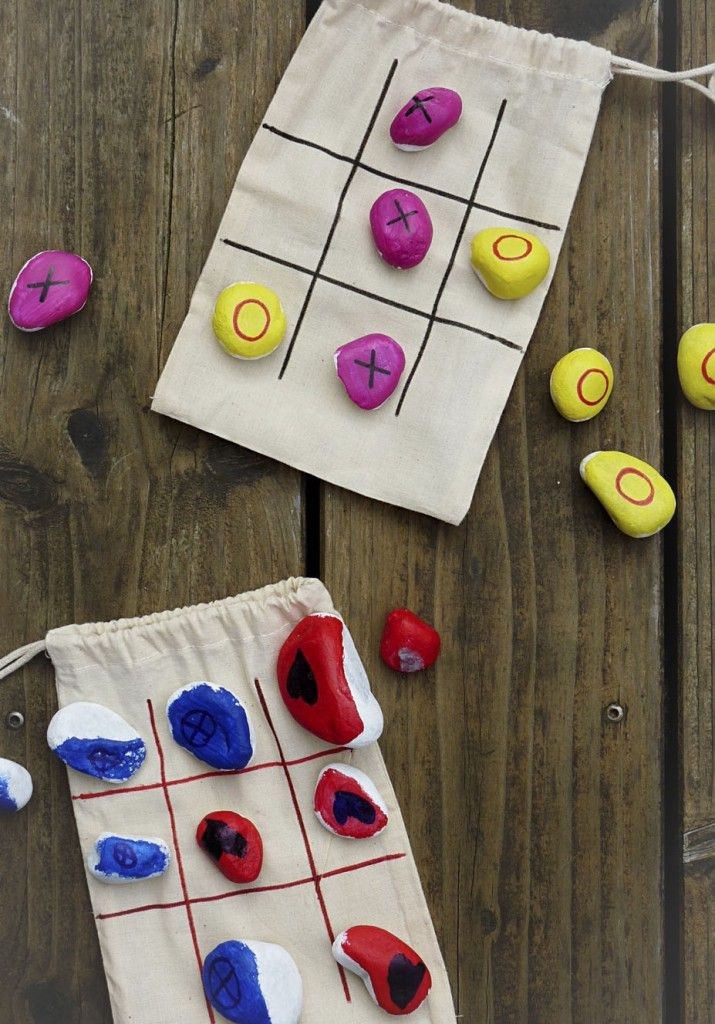 Geschenke Mädchen 9 Jahre  TicTacToe Mitnehmspiel im Stoffbeutel mit Kindern basteln