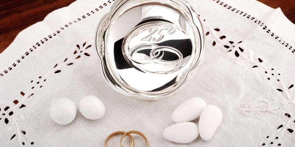 Geschenke Zum 25 Hochzeitstag  Silberhochzeit Geschenke und Sprüche zum 25 Hochzeitstag