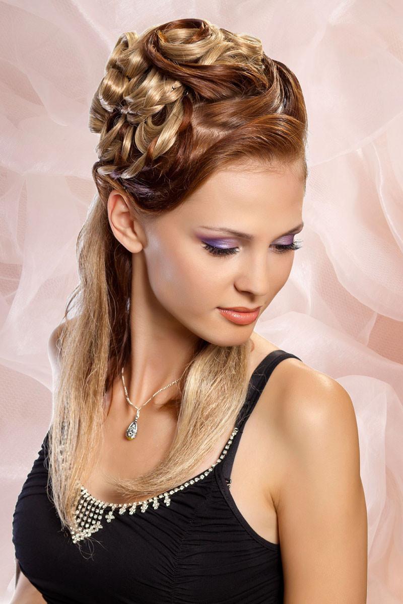 Haare Frisuren  Festliche halboffene Frisur Festliche Frisuren