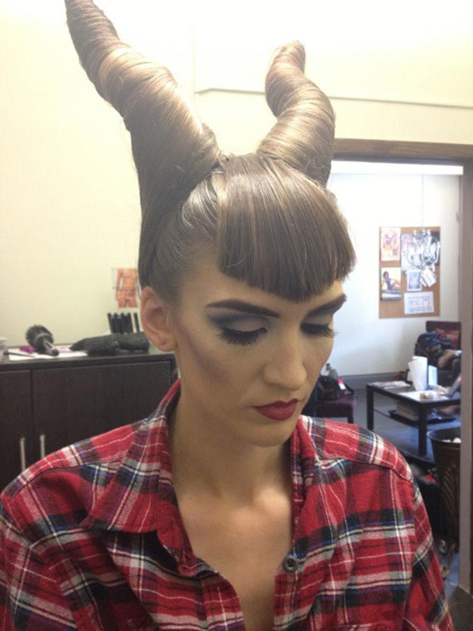 Halloween Frisuren  17 Ideen für Halloween Frisuren mit Pony DIY DIY