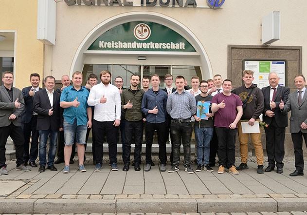 Handwerk Seiferts  Handwerk in Jena Gesellen freigesprochen Jenaer Nachrichten