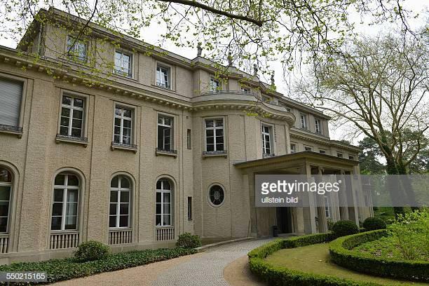 Haus Der Wannseekonferenz  Wannsee Lake Stock s and